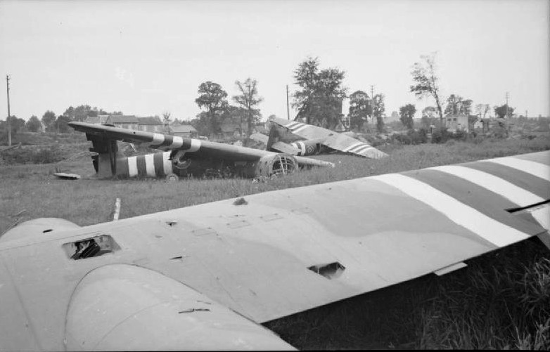 Operation_Deadstick_canal_bridge_gliders